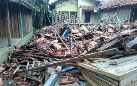 earthquake jakarta news bnpb predicts there will be 500 earthquakes in indonesia