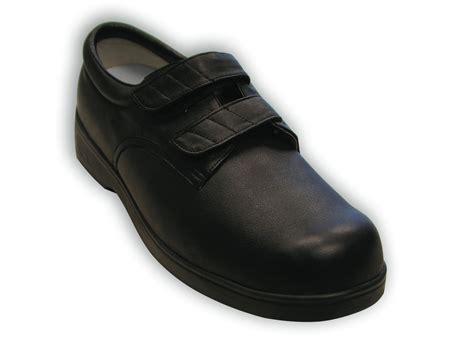 sneakers for diabetics understanding the diabetic therapeutic shoe program
