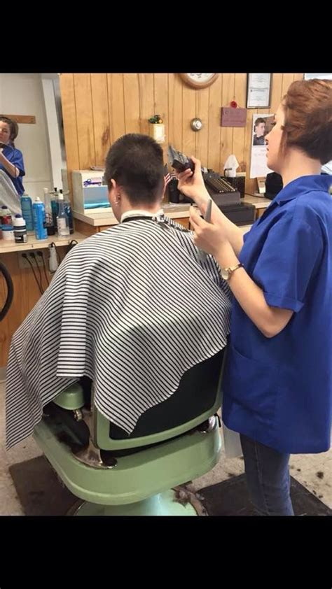 barberette giving him a haircut newhairstylesformen2014 com barberette ties customer barberette barber shop pics 220