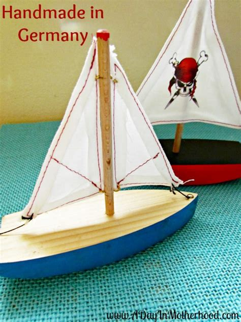 Handmade Wooden Boats - handmade wooden boats for the holidays