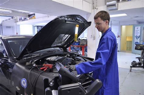 what is a bench technician college of the north atlantic program automotive service technician