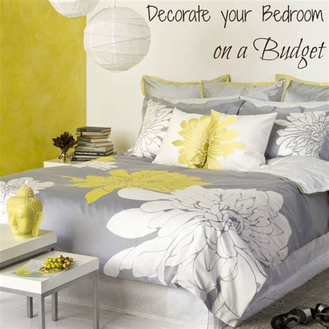 decorate bedroom on a budget decorate your bedroom on the cheap with duvet covers
