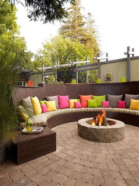 Backyard Seating Ideas by Best 25 Backyard Seating Ideas On Small