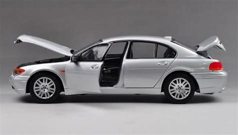 Welly Diecast 124 Bmw 745i 22446 silver 1 18 scale welly diecast bmw 745i model na02t0522 vktoybuy