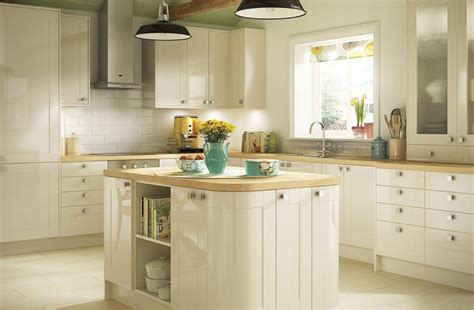 cream kitchen tile ideas cream kitchen ideas gallery kitchen magazine