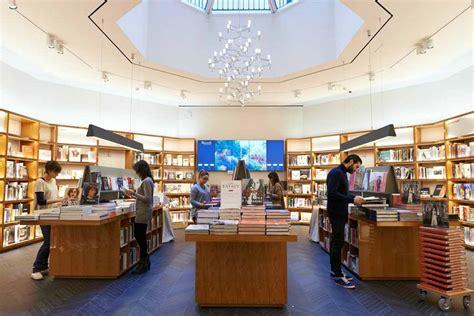libreria rizzoli galleria vittorio emanuele riapre la libreria rizzoli in galleria vittorio emanuele a