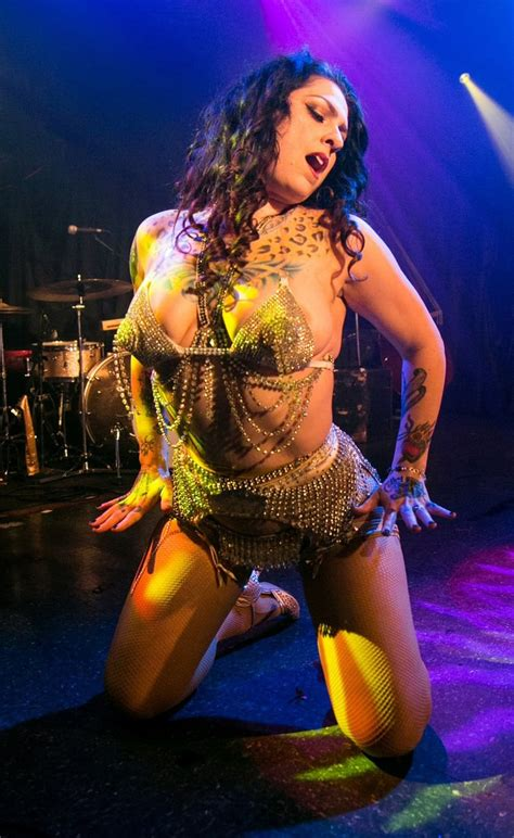 danielle colby cushman picture of danielle colby cushman
