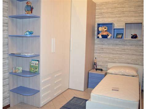 camerette con armadio angolare cameretta con cabina armadio angolare letto con il contenitore