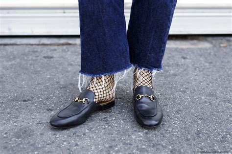 loafers with or without socks how to be on trend without being trendy