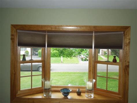 shades for bow windows 25 best ideas about bay window blinds on bay