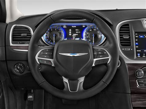 chrysler steering wheel image 2017 chrysler 300 limited rwd steering wheel size