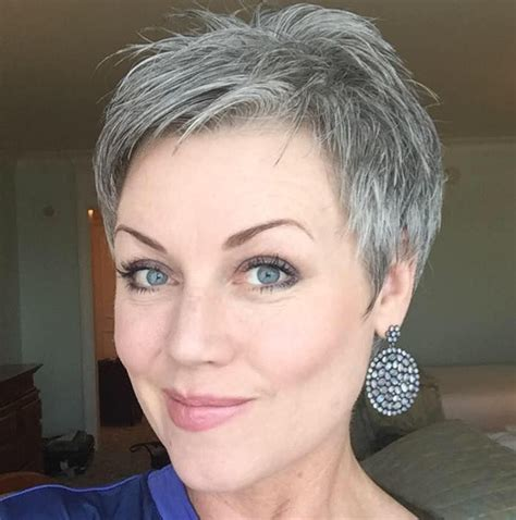 short haircuts for gray hair easy to manage abby parker moneyhun going grey pinterest awesome