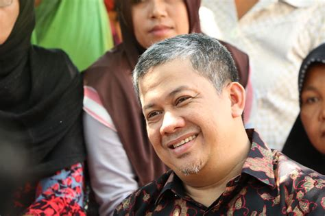biografi fahri hamzah wakil ketua dpr remitensi capai rp150 triliun kini tki dilindung uu ppmi