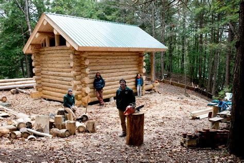 building a log cabin home 10 diy log cabins build for a rustic lifestyle by hand