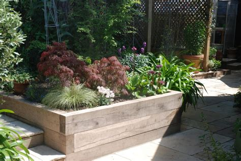 small gardens dorset bournemouth garden designers