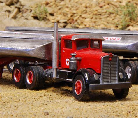 kenworth tractor trailer texaco kenworth quot needlenose quot fuel tanker tractor trailer