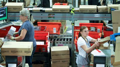 amazon jobs ups to hire 55 000 seasonal workers