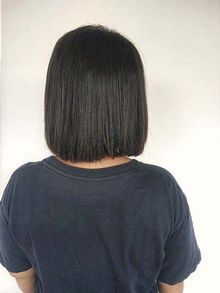 back views of black hair cuts file back view of woman with short black hair 1 jpg