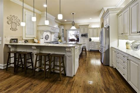 Celtic Construction Traditional Kitchen Little Rock Kitchen Peninsula Lighting