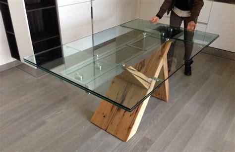 tavoli in legno massello moderni il mobile in legno massello il tranciato