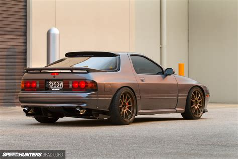 Hd 20b mazda rx 7 hd wallpaper and background image 1920x1280 id 631472
