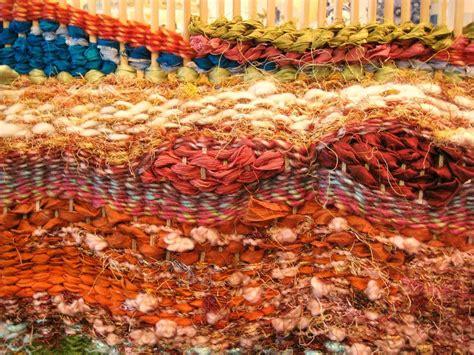 how to weave a rug on a loom how to weave on a peg loom rag rug weaving peg loom loom patterns and patterns