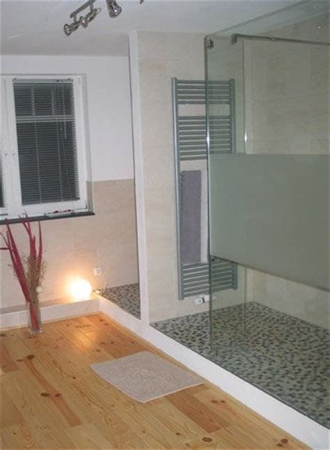 bodengleiche dusche mit wegklappbaren glastüren sch 246 ne b 228 der badgalerie