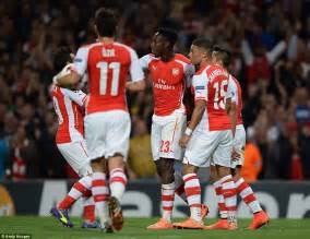 Arsenal 4 1 galatasaray danny welbeck scores superb hat trick daily