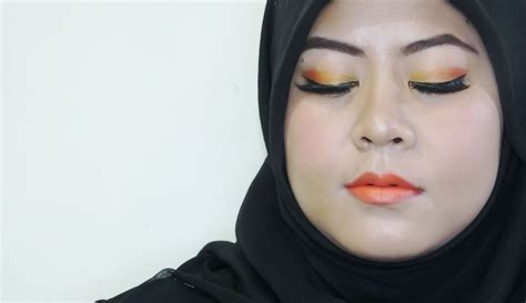 Lipstik Inez 05 review inez glow matte lipstick 05 fiery orange