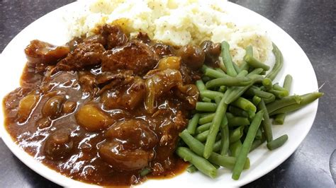 beef stew rich beef stew in red wine pete s recipes