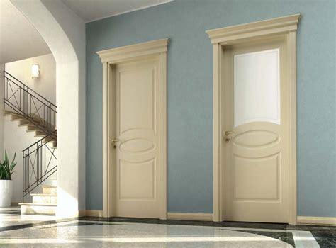 porte per interni classiche porte classiche in legno laccato e vetro sabbiato d3e