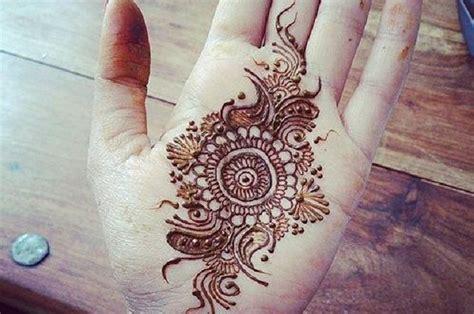 henna tattoo amman jordan 16 beautiful henna tattoos for your summer skin