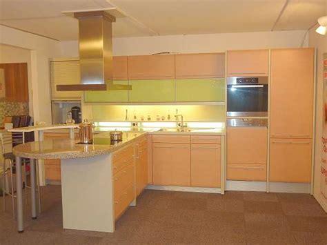 einbauküche l form günstig wohnzimmer in rosa