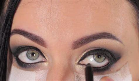 video sexy smokey eyes step by step sexy smokey eyes step by step makeup tutorial