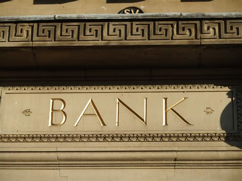 m and t bank sign in bofa ends sec inquiry accounting error to pay 7 65m