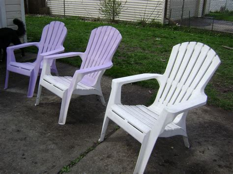 Pvc Patio Chairs Uses Of The Plastic Outdoor Chairs Decorifusta