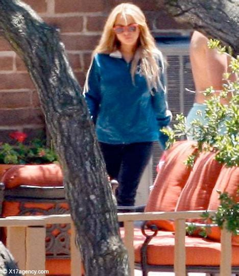 Lohans Lindsay Is Hooked On Oxycontin by Lindsay Lohan S Oxycontin Addiction Popcrunch