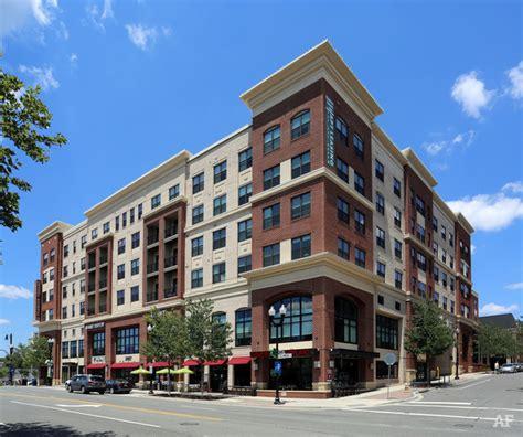 Apartment Rentals Arlington Va Penrose Square Arlington Va Apartment Finder