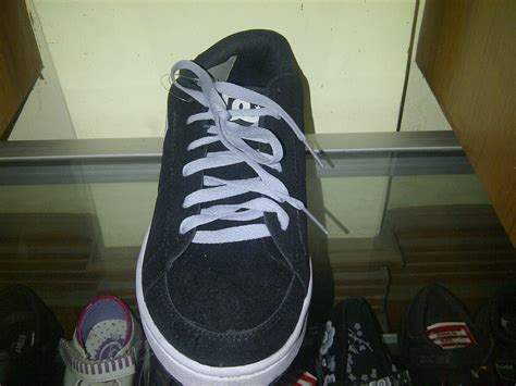 jual sepatu kets casual tanggung dc skaters black grey kw replika 36 40 bukit shafa