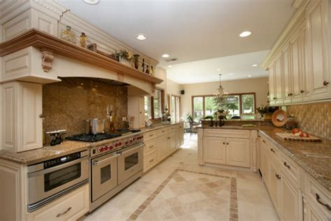 Bone Color Kitchen Cabinets What Paint Color Is The Cabinetry It Looks Like Benjamin Bone White