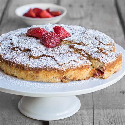 erdbeeren kuchen buttermilch kuchen mit erdbeeren