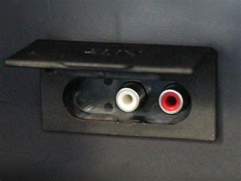 Can You Install An Auxiliary Port In Your Car by Aux Inputs Tips On Using Your Car S Aux In Socket