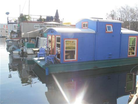 boat house for rent seattle seattle houseboat for rent now rented seattle afloat
