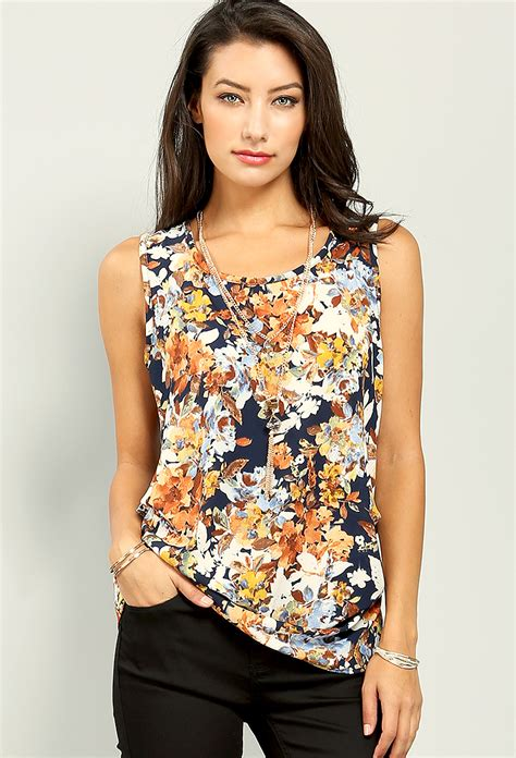 Floral Sleeveless Chiffon Top floral sleeveless chiffon top w necklace shop new and
