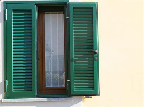 persiane antiscasso persiane blindate in acciaio per porte e finestre