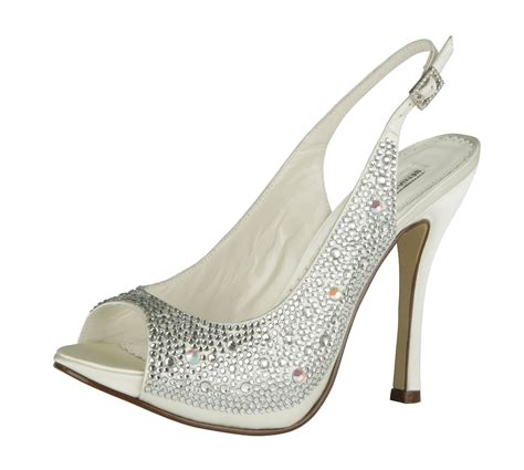 hochzeit schuhe braut everything but the dress all bridal shoes by