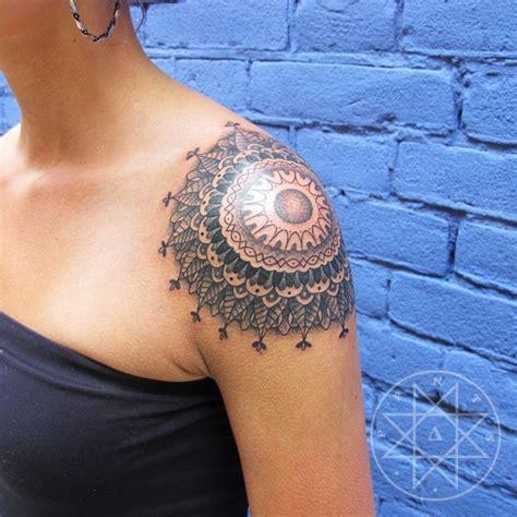 tattoo shoulder colour shoulder mandala tattoo tattoo ideas pinterest