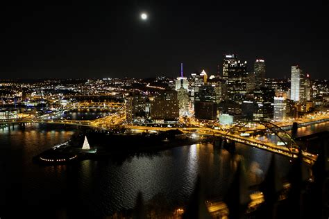light the night pittsburgh night lights in the city ruth e hendricks photography