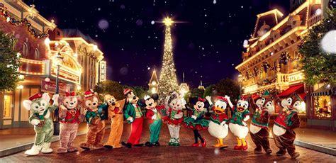 when dies disneyland paris decorate for christmas top 28 when do they decorate for at disneyland disney s enchanted