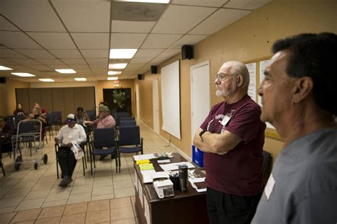 food pantries in las vegas poverty tight budgets foster food insecurity in west las
